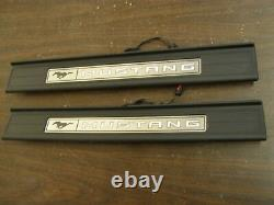 OEM Ford T/O 2015 2016 2017 Mustang Illuminated Sill Scuff Plates GT Trim 2018