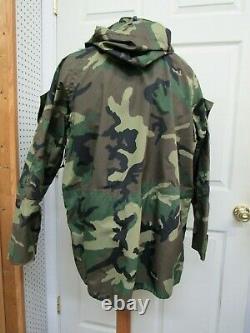USGI Woodland Camo Goretex Parka Jacket Gen 2 Cold Weather ECWCS Large Reg NOS